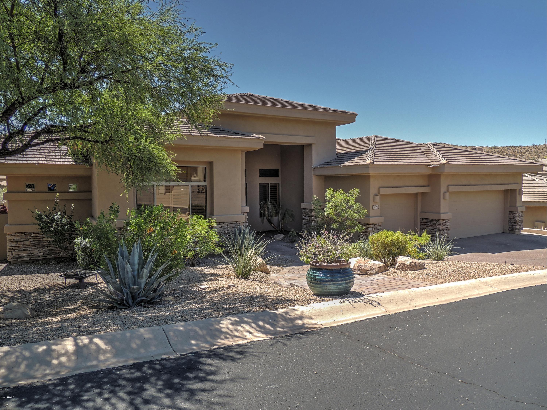 Photo of 415 E DESERT WIND Drive, Phoenix, AZ 85048