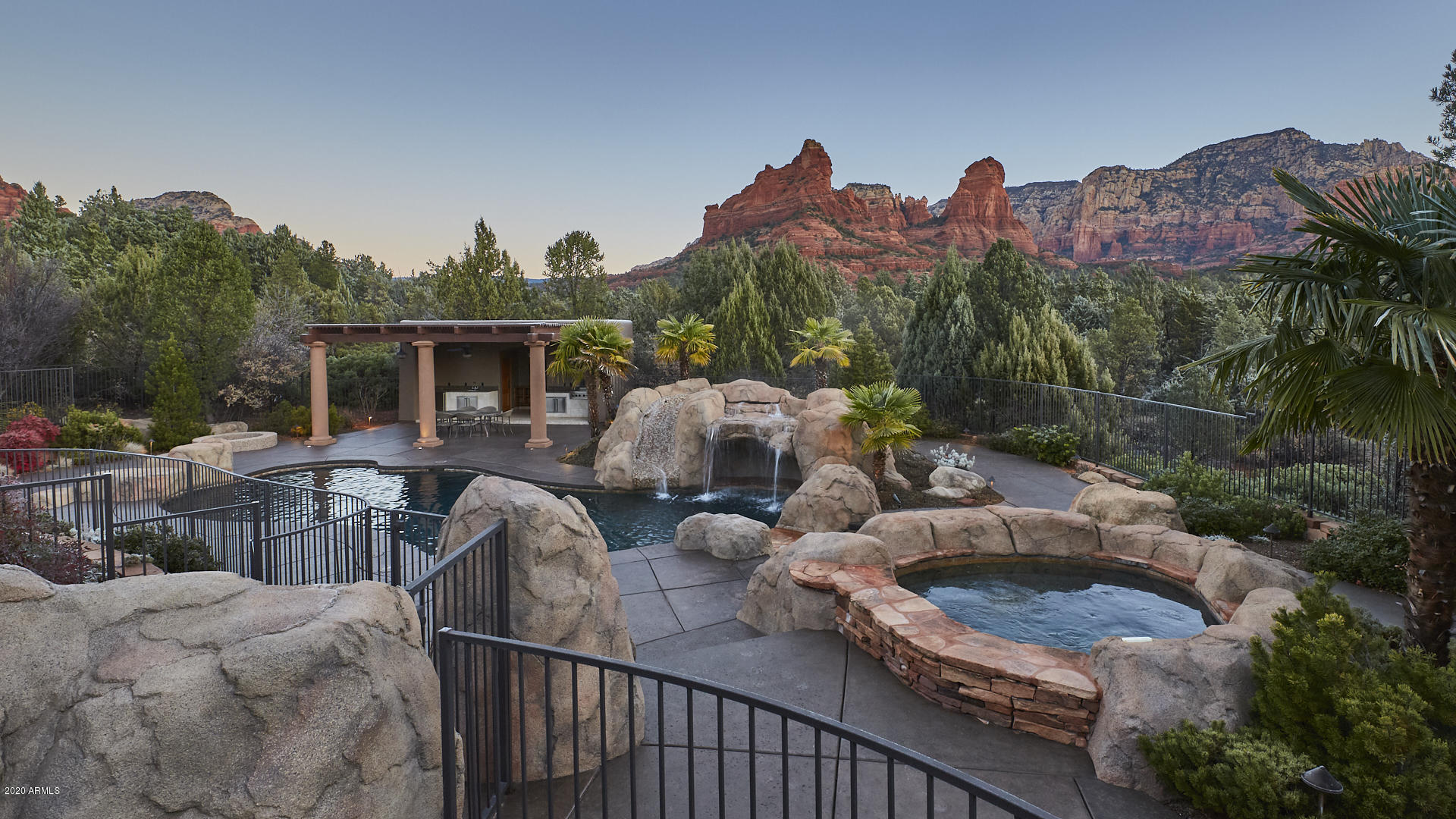Photo of 250 Enchanted Way, Sedona, AZ 86336