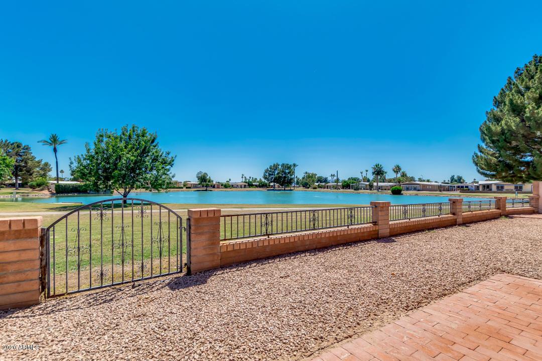 Photo of 9217 E PARKSIDE Drive, Sun Lakes, AZ 85248
