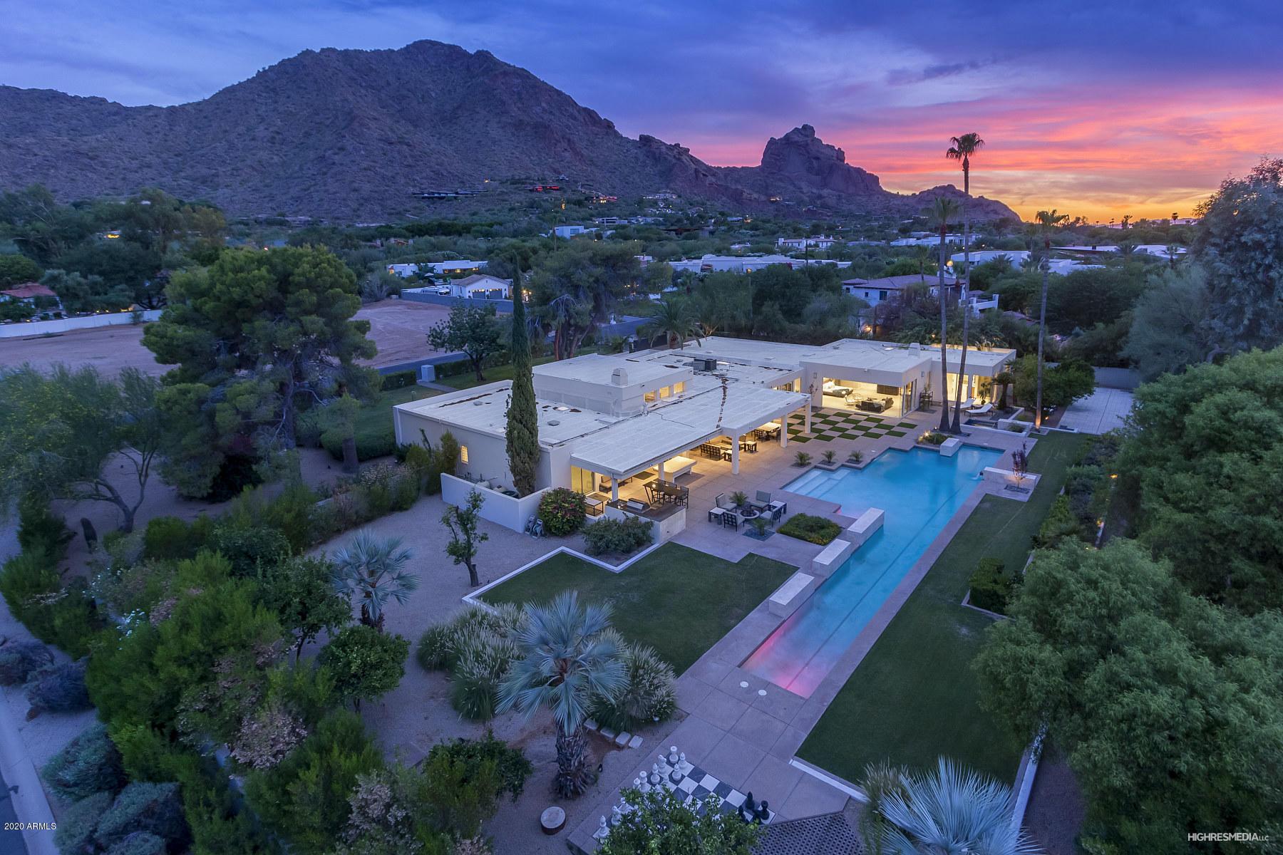 Photo of 5936 E SOLCITO Lane, Paradise Valley, AZ 85253