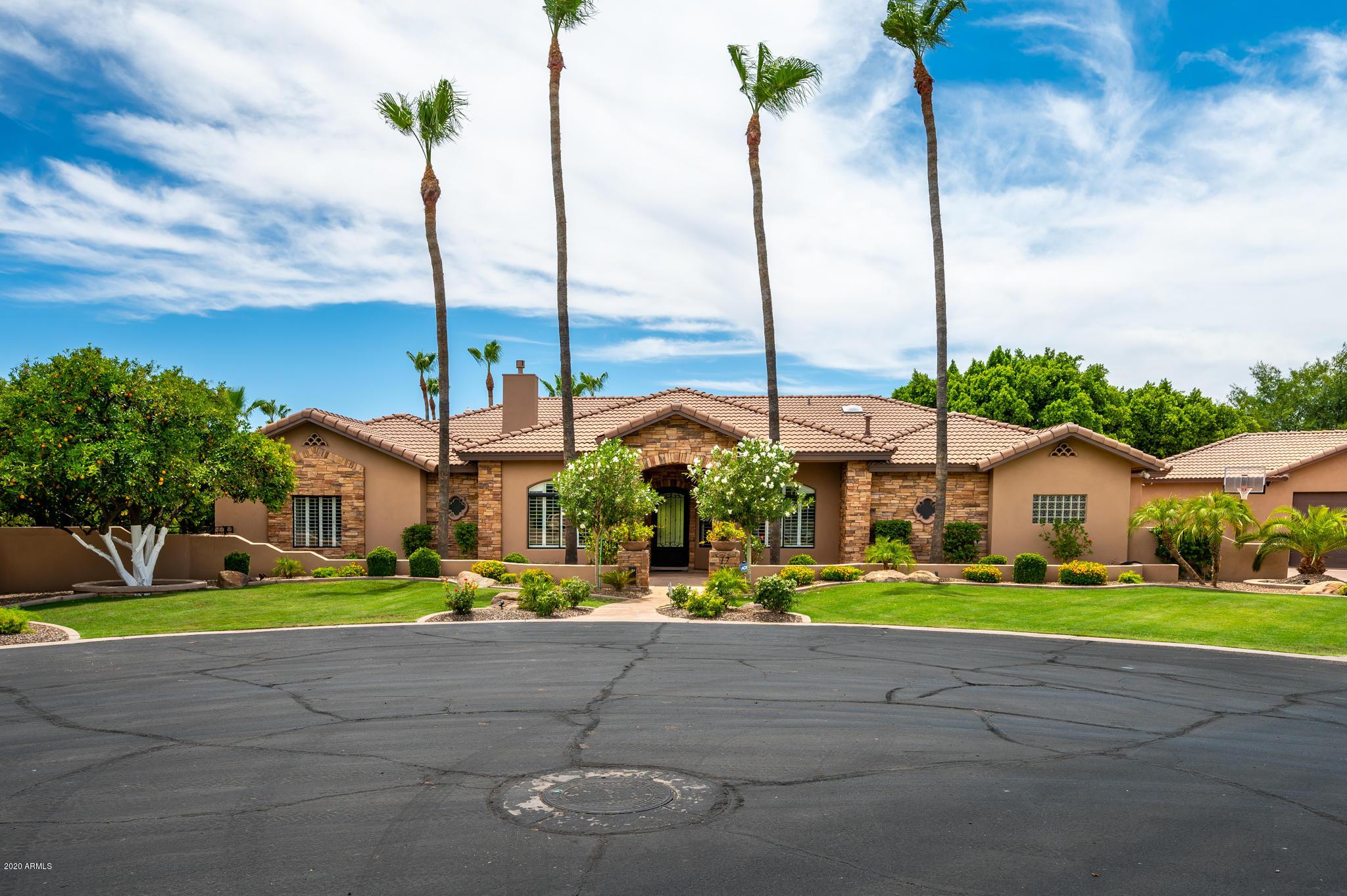 Photo of 4040 E MCLELLAN Road #17, Mesa, AZ 85205