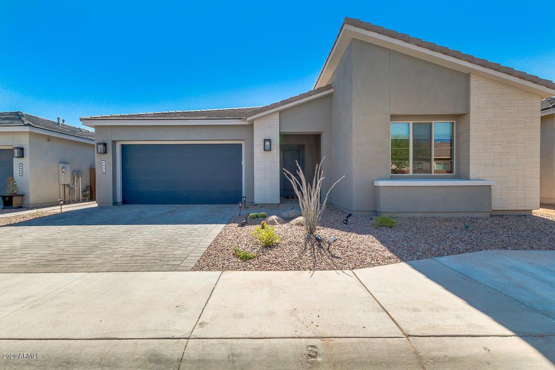 MLS 6098741 Phoenix Metro Area, Phoenix, AZ 85050 Gated Houses in Phoenix