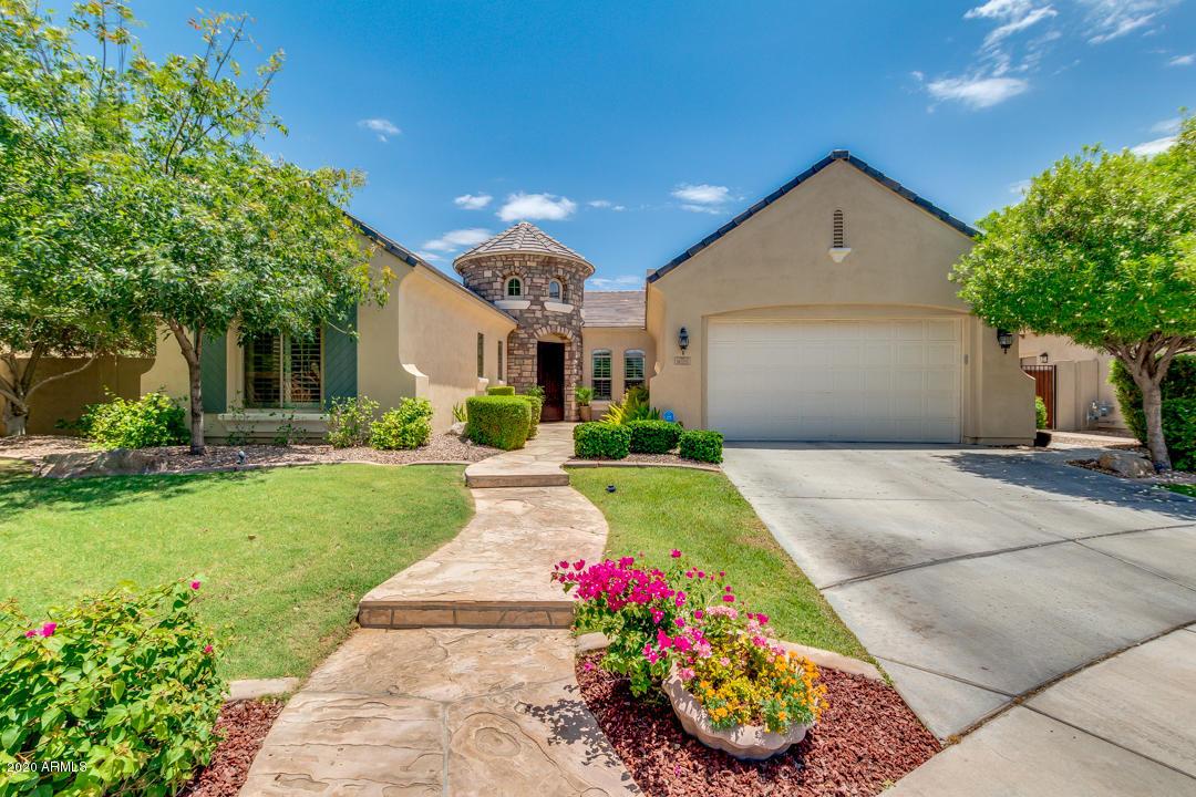 Photo of 5025 S MINGUS Place, Chandler, AZ 85249