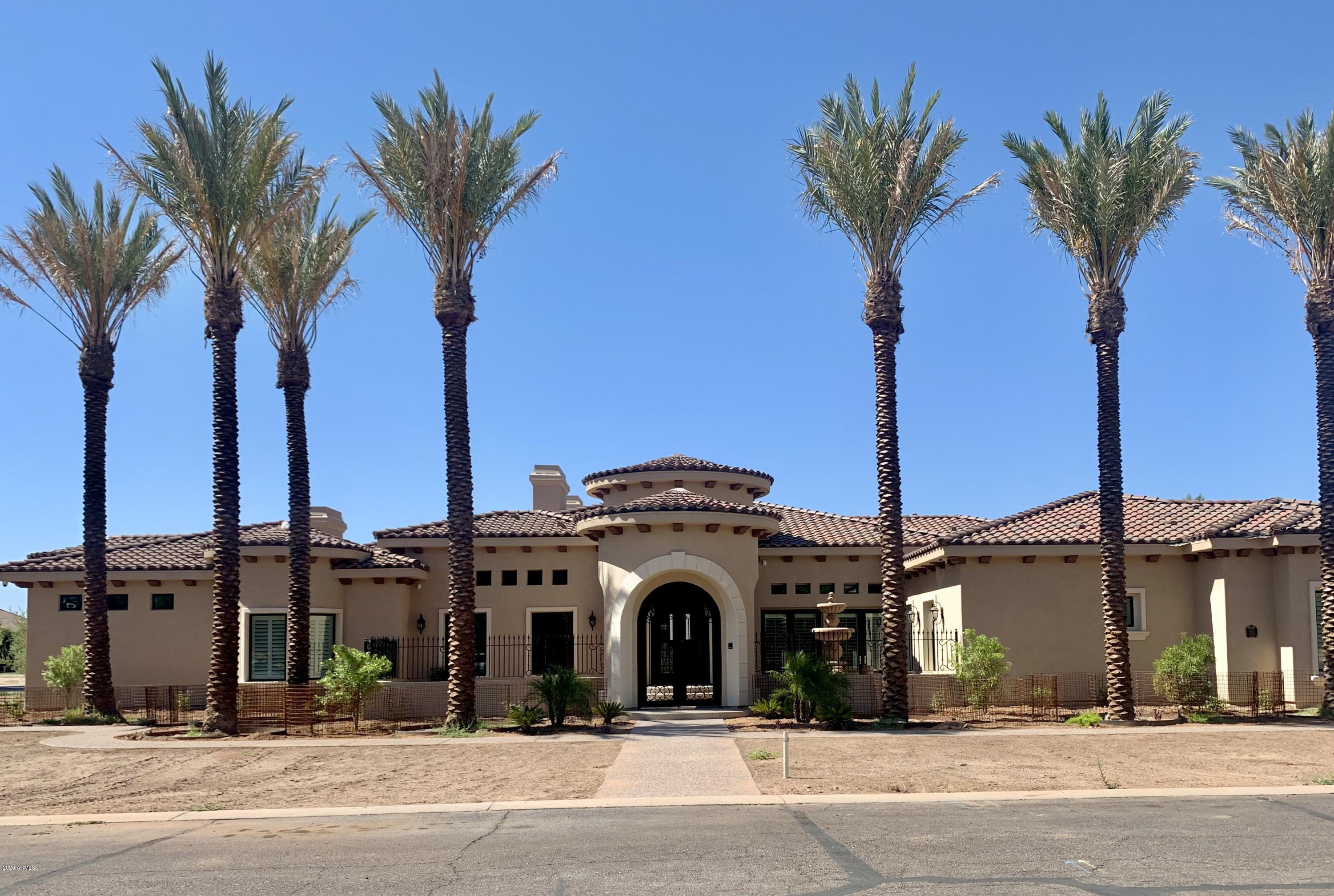 Photo of 3923 E NORTHRIDGE Circle, Mesa, AZ 85215