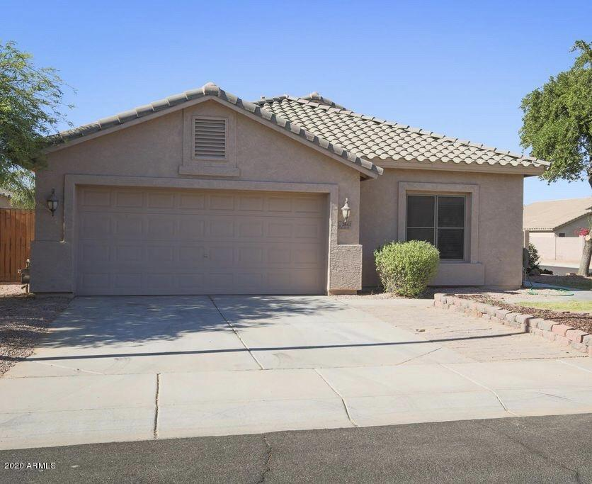 Photo of 2841 E LA COSTA Drive, Chandler, AZ 85249