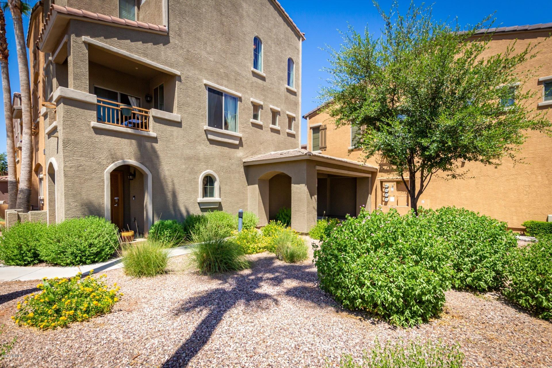Photo of 240 W JUNIPER Avenue #1002, Gilbert, AZ 85233