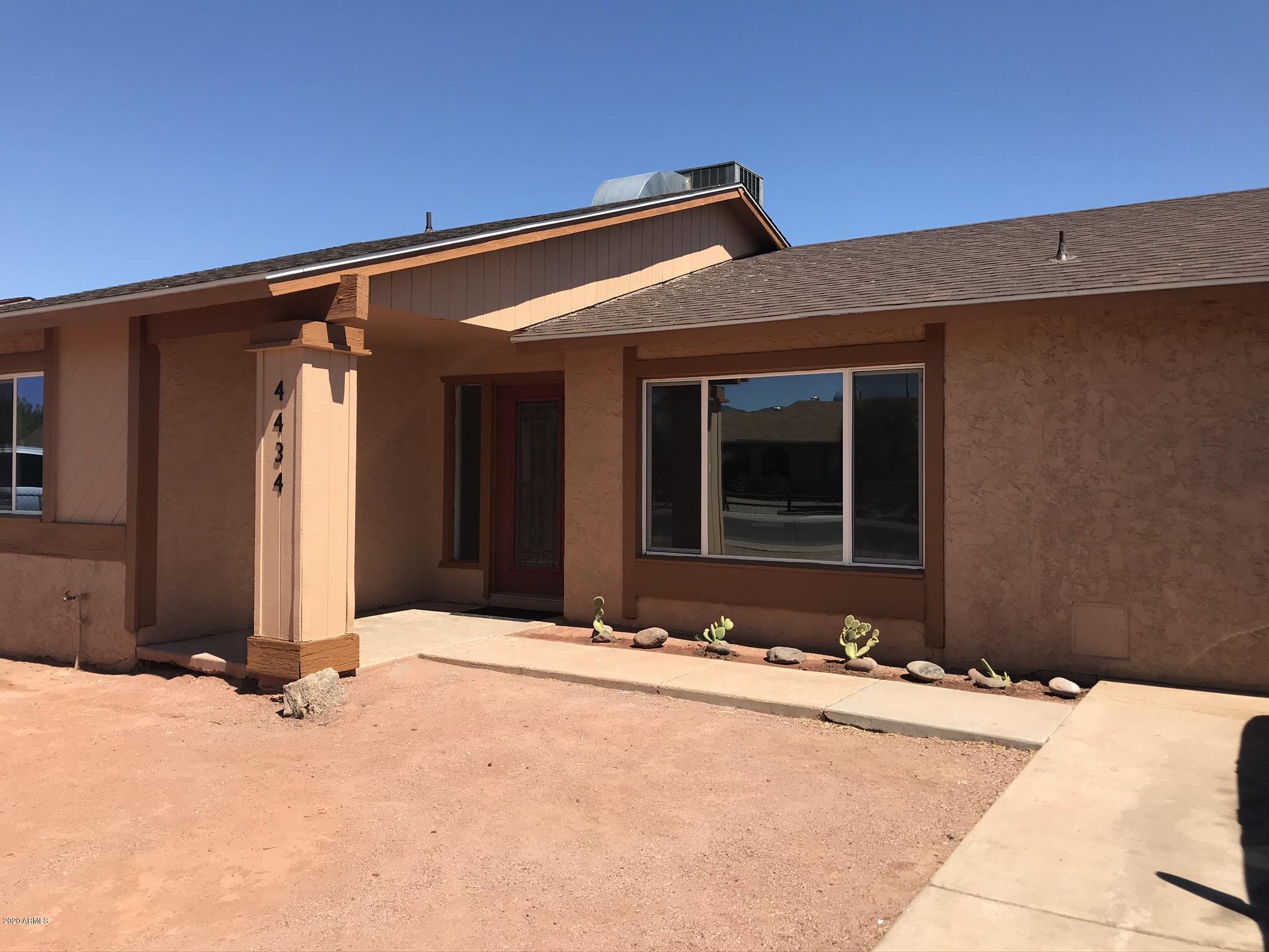 MLS 6108990 Phoenix Metro Area, Phoenix, AZ 85040 Equestrian Homes in Phoenix