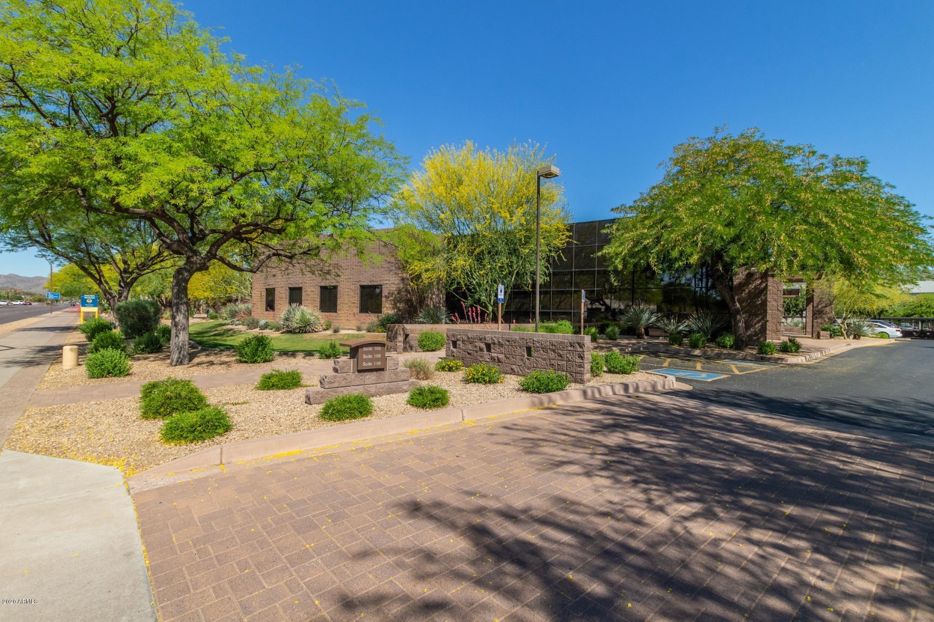 Photo of 850 & 858 W ELLIOT Road, Tempe, AZ 85284