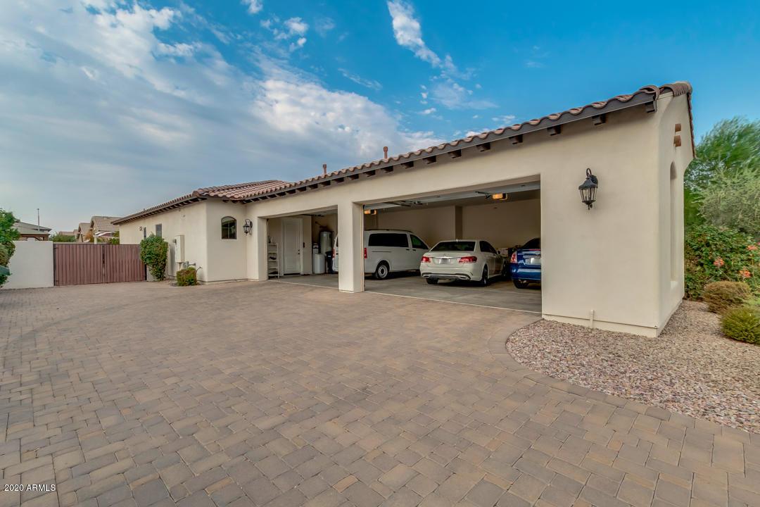 MLS 6124280 2700 E JADE Place, Chandler, AZ 85286