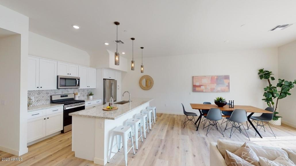 MLS 6132082 Phoenix Metro Area, Phoenix, AZ 85016 Newer Homes in Phoenix