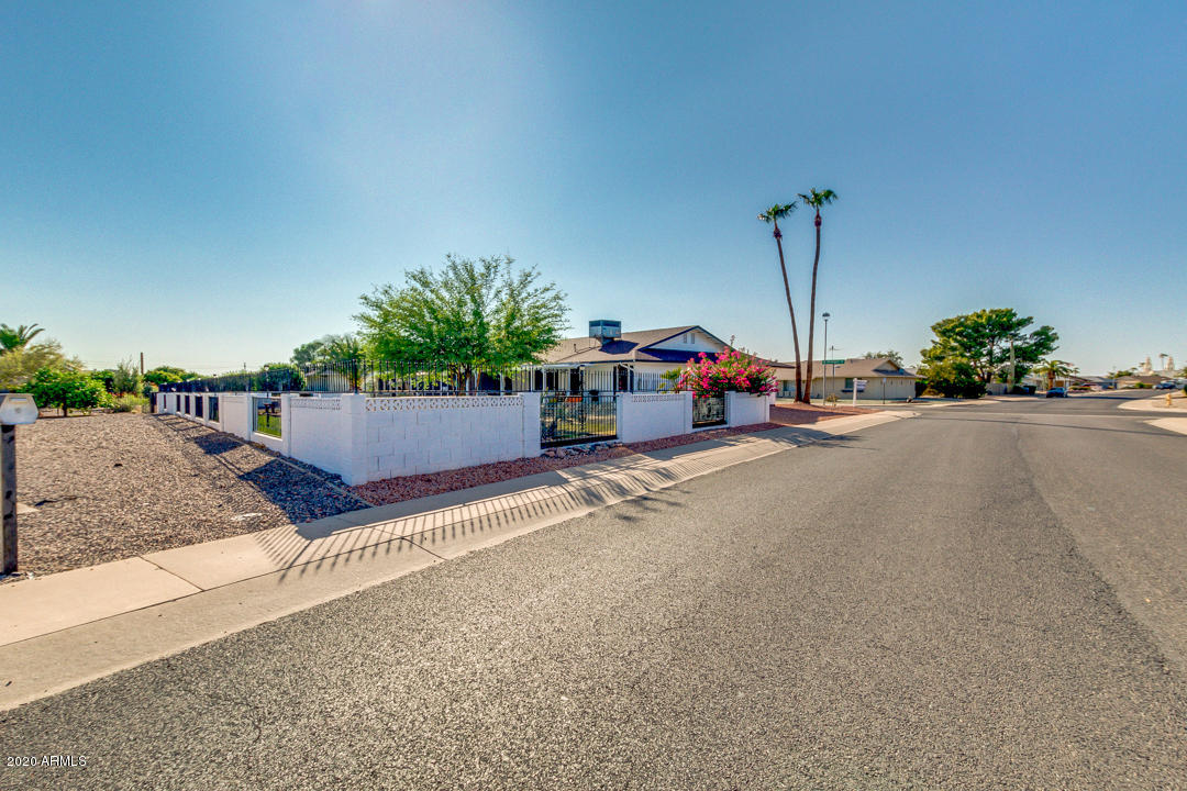 MLS 6135054 9603 W WRANGLER Drive, Sun City, AZ 85373 Sun City AZ Private Pool