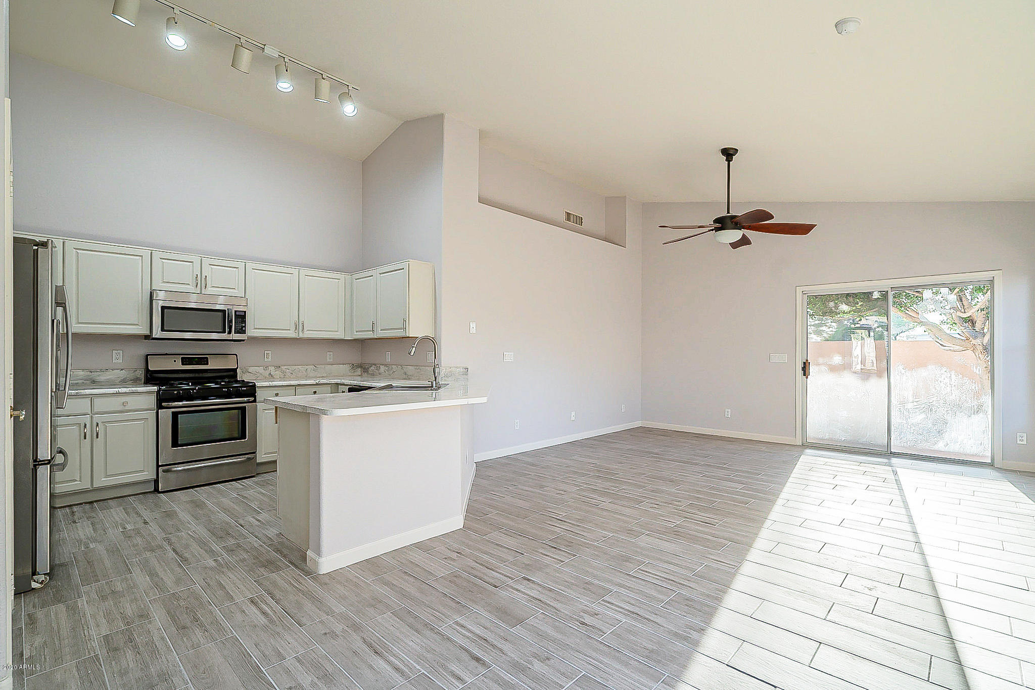 3510 S HOLLYHOCK Place Photo 8