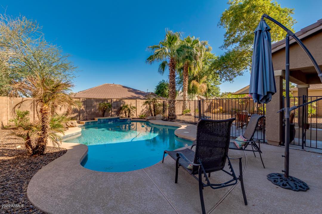 MLS 6147959 3038 E Janelle Way, Gilbert, AZ 85297 Gilbert AZ Shamrock Estates