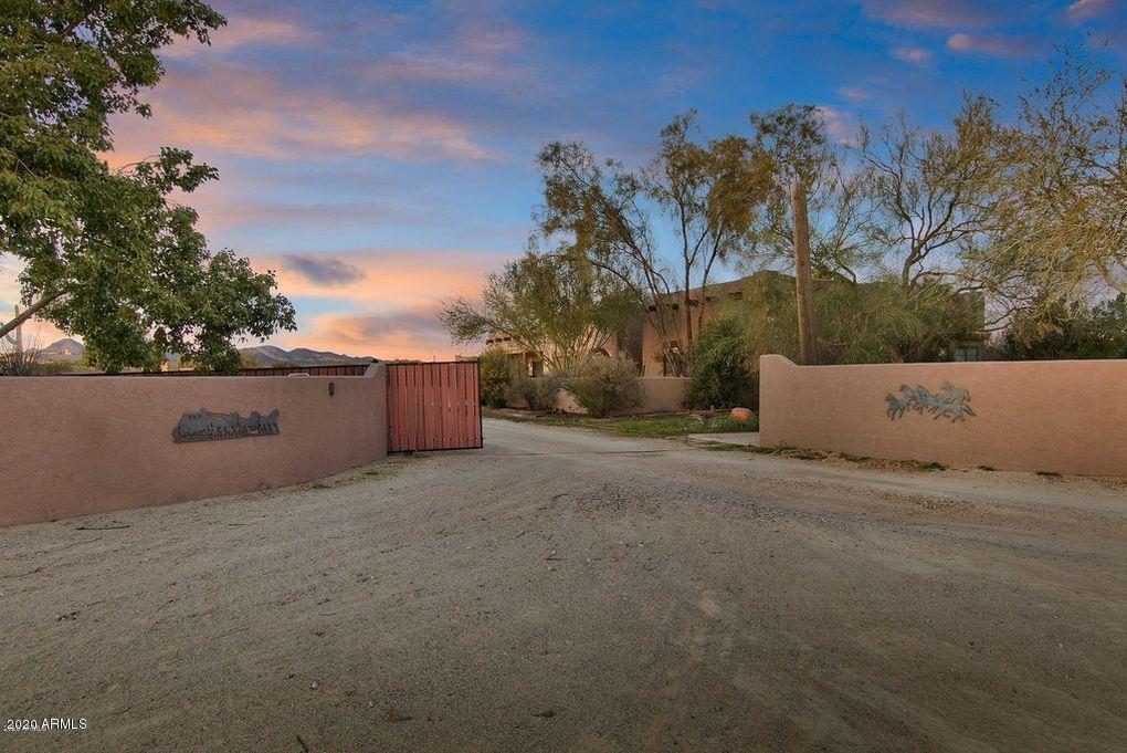 MLS 6133689 1426 N BOYD Road, Apache Junction, AZ 85119 Apache Junction AZ Equestrian