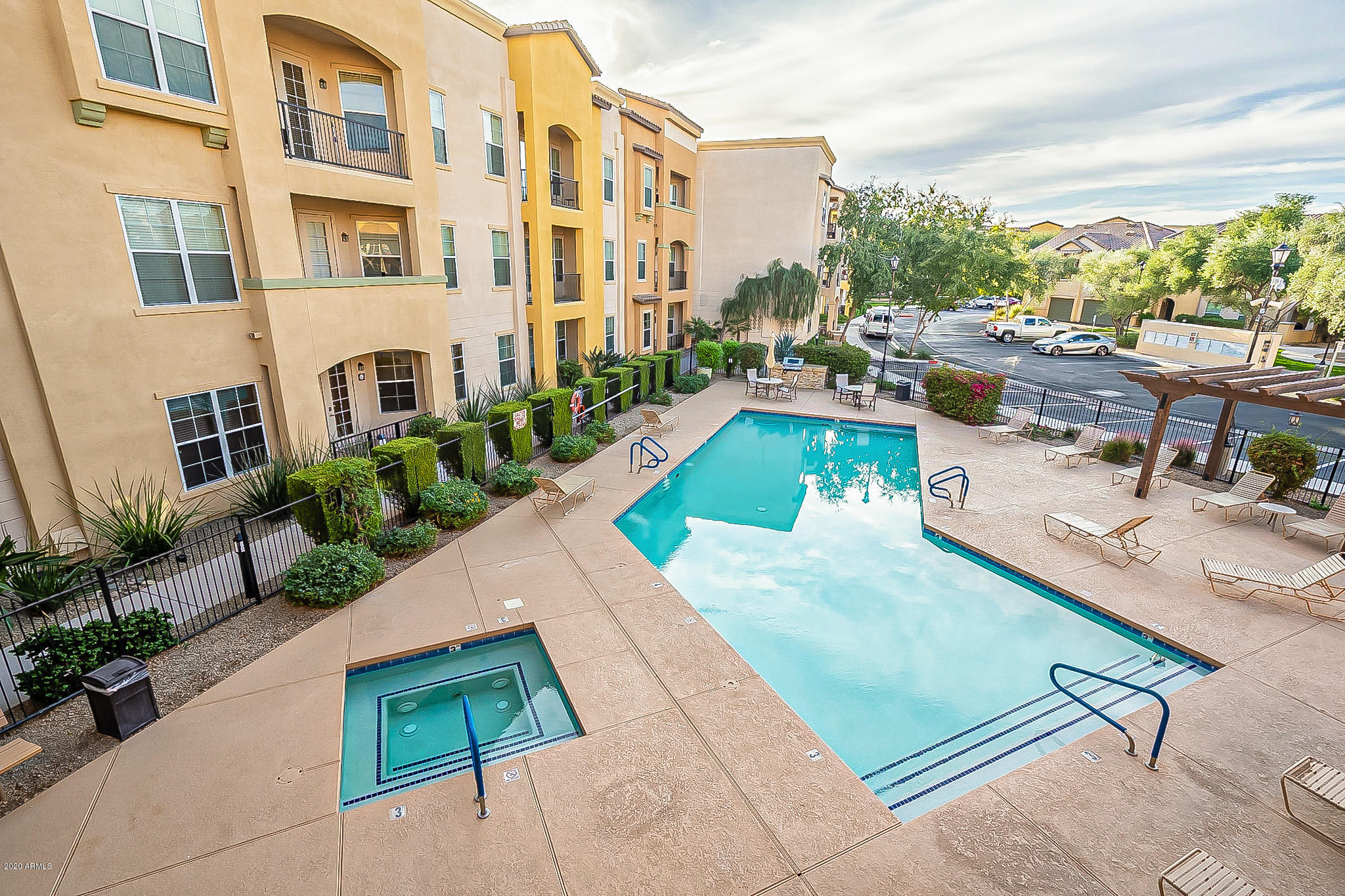 MLS 6154563 14575 W MOUNTAIN VIEW Boulevard Unit 11306, Surprise, AZ 85374 Surprise AZ Condo or Townhome