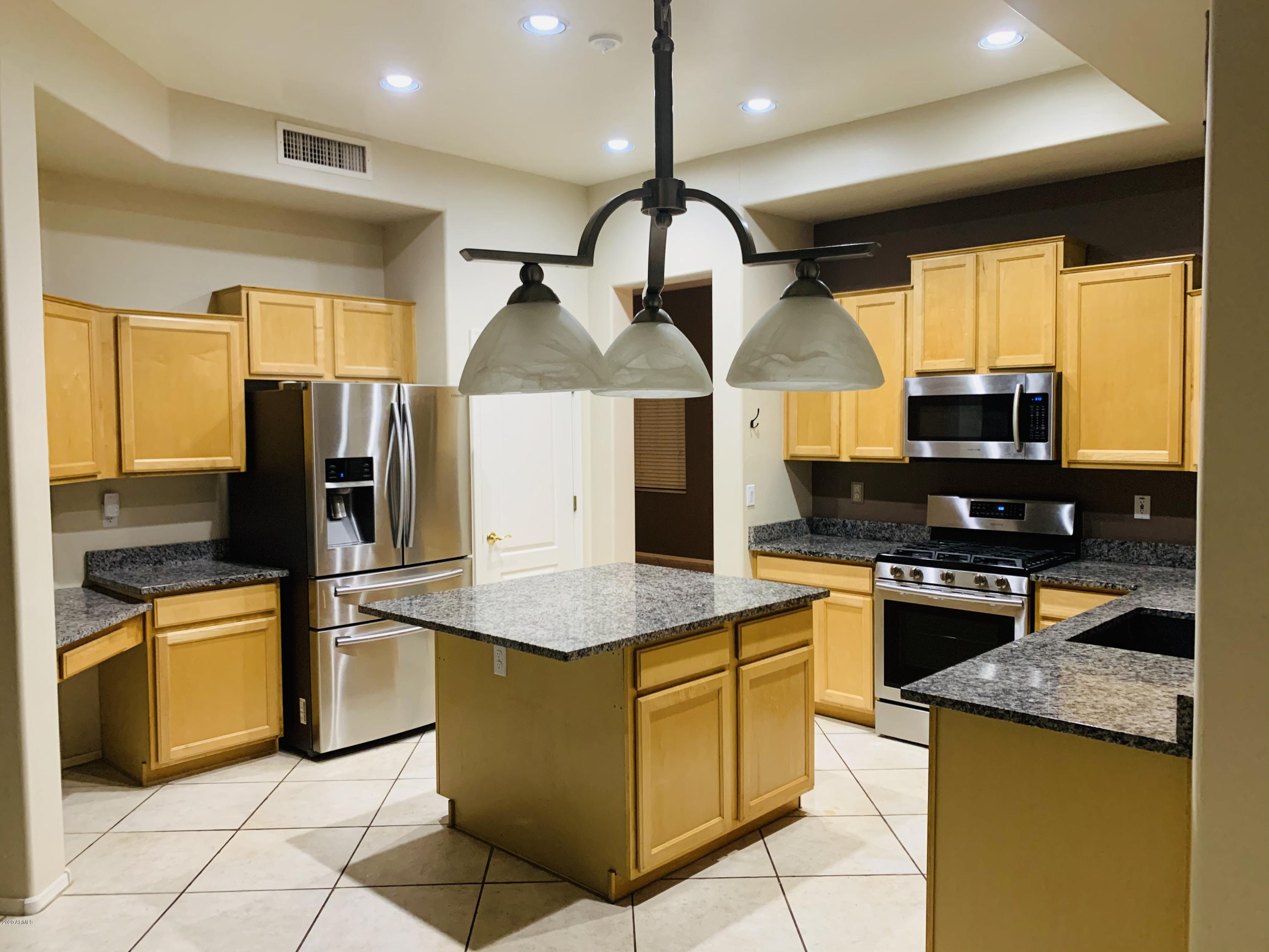 MLS 6154985 11109 W COTTONWOOD Lane Unit No Common Walls,Two L, Avondale, AZ 85392