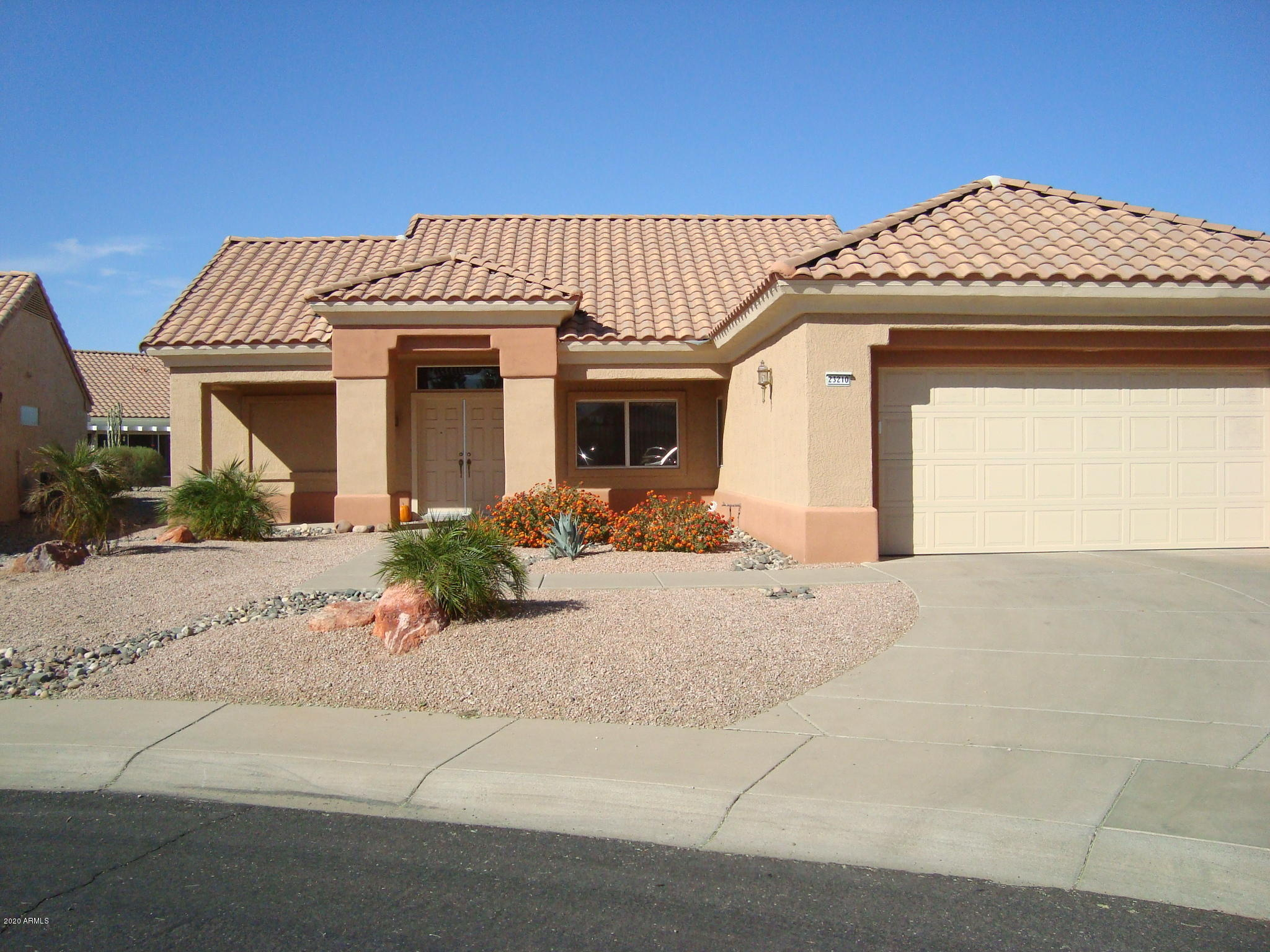 MLS 6158088 23210 N VIA DE LA CABALLA Drive, Sun City West, AZ 85375 Sun City West AZ Cul-De-Sac