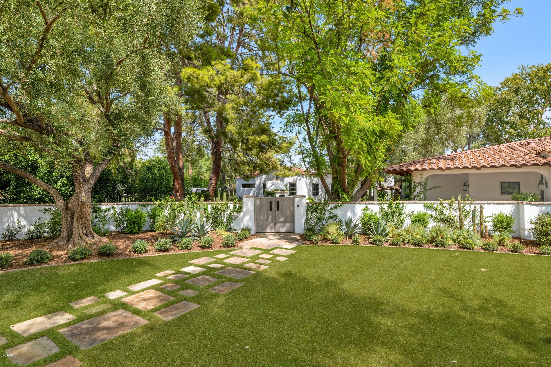 MLS 6133757 6740 E TAZA Way, Paradise Valley, AZ 85253 Paradise Valley AZ Casa Blanca