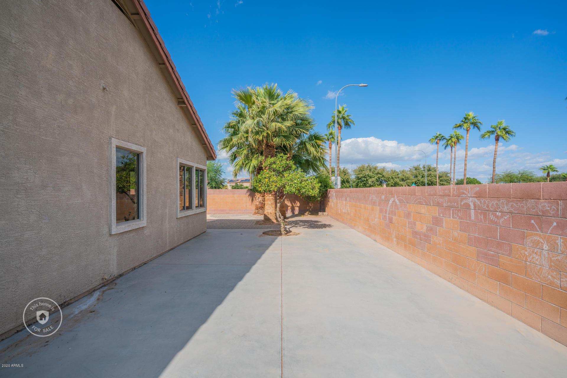 MLS 6158599 11202 W ALVARADO Road, Avondale, AZ 85392 Avondale AZ Private Pool