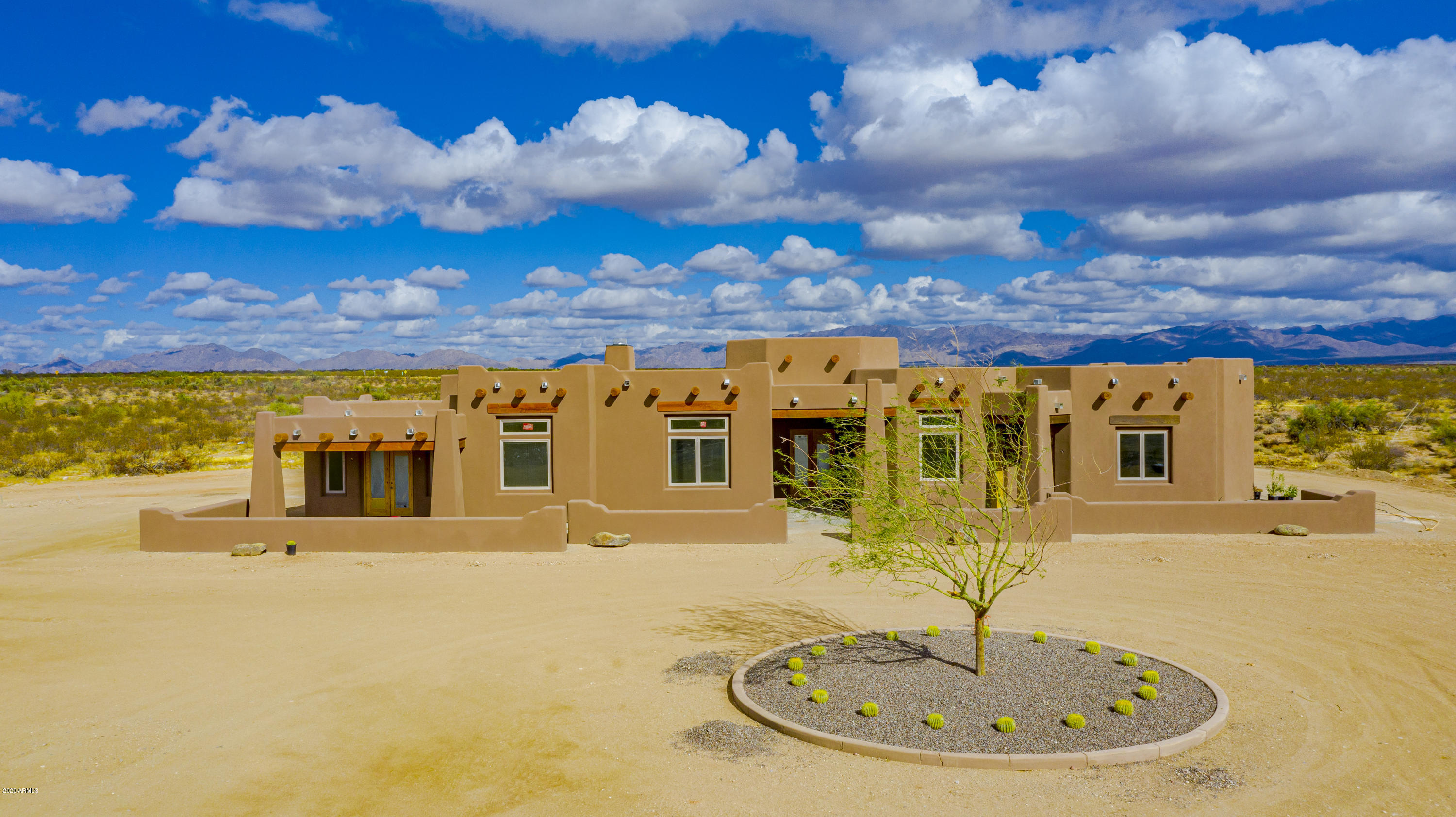 MLS 6038885 22275 W EL GRANDE Trail, Wickenburg, AZ 85390 Wickenburg AZ One Plus Acre Home