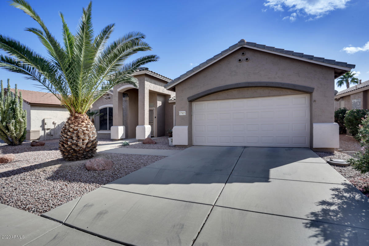 MLS 6158935 17813 N Encanto Drive, Surprise, AZ 85374 Surprise AZ Arizona Traditions