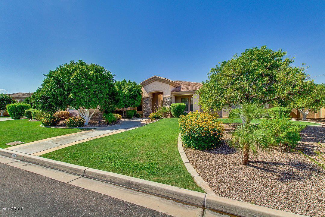 MLS 6243896 3262 E Inglewood Circle, Mesa, AZ 85213 Mesa AZ The Groves