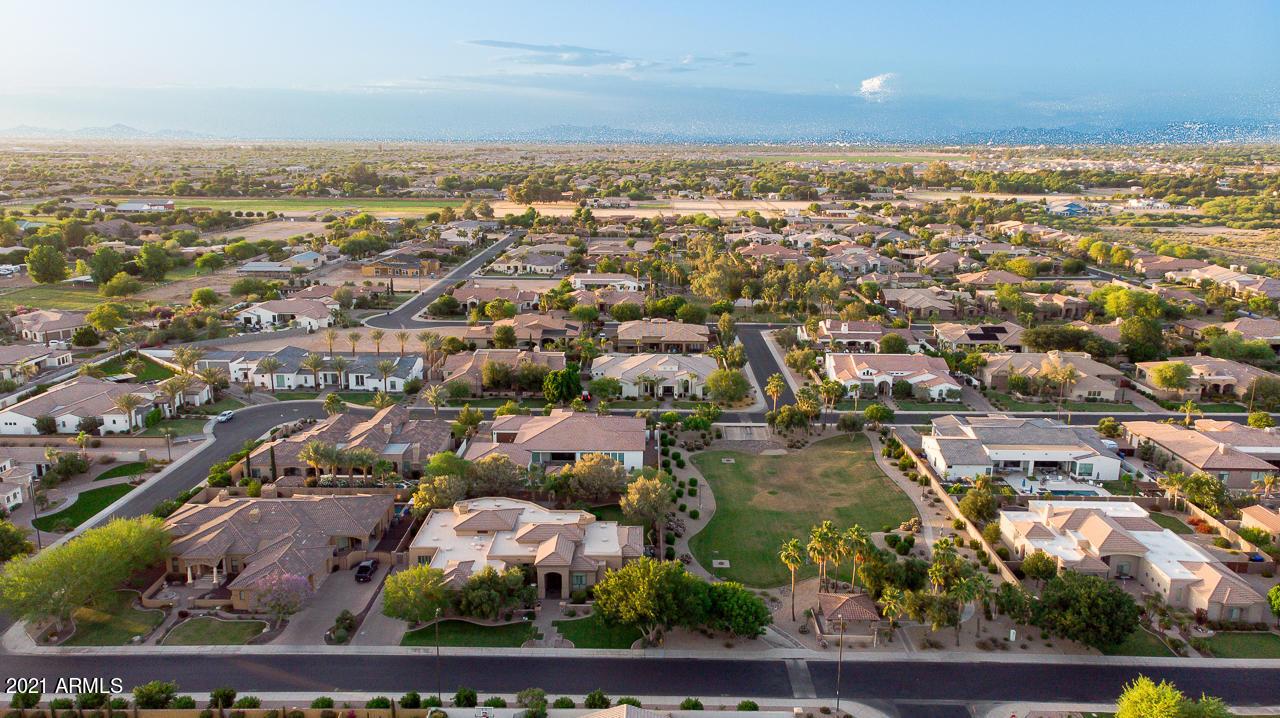 MLS 6237645 5962 S GOLD LEAF Drive, Chandler, AZ 85249 Chandler AZ Luxury