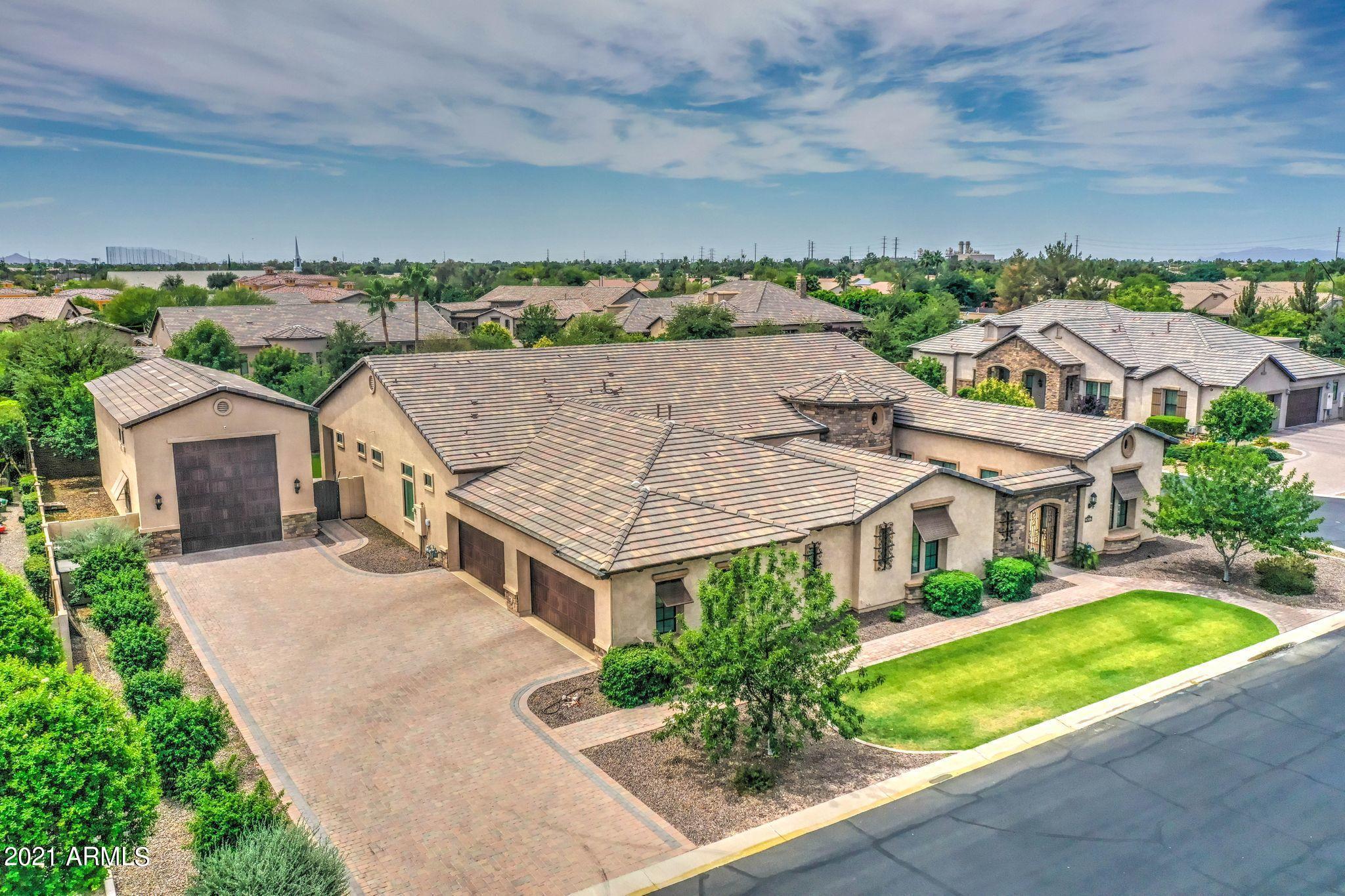 MLS 6243696 2457 E AMBER Court, Gilbert, AZ Gilbert AZ Gated