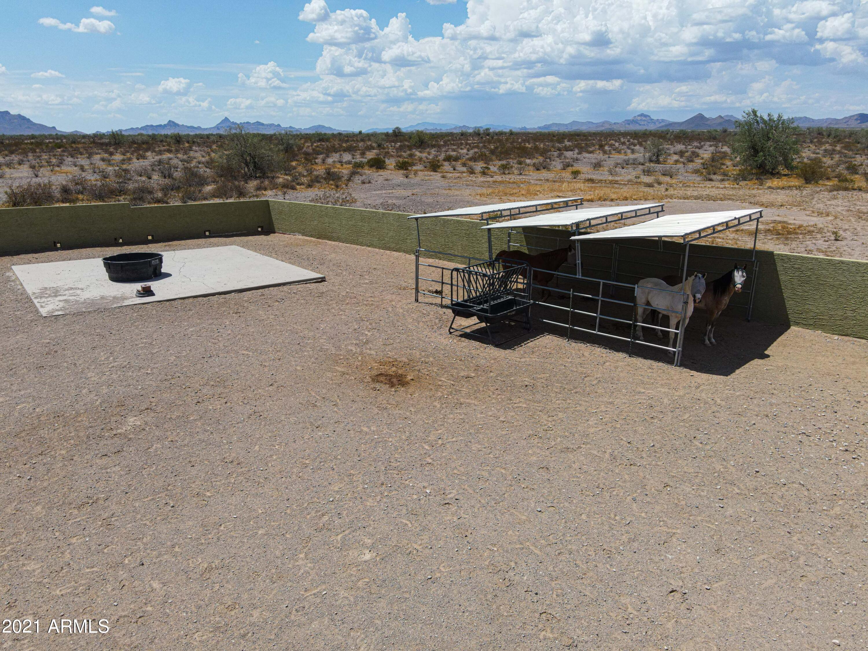MLS 6268332 41325 W GLENDALE Avenue, Tonopah, AZ 85354 Tonopah AZ One Plus Acre Home