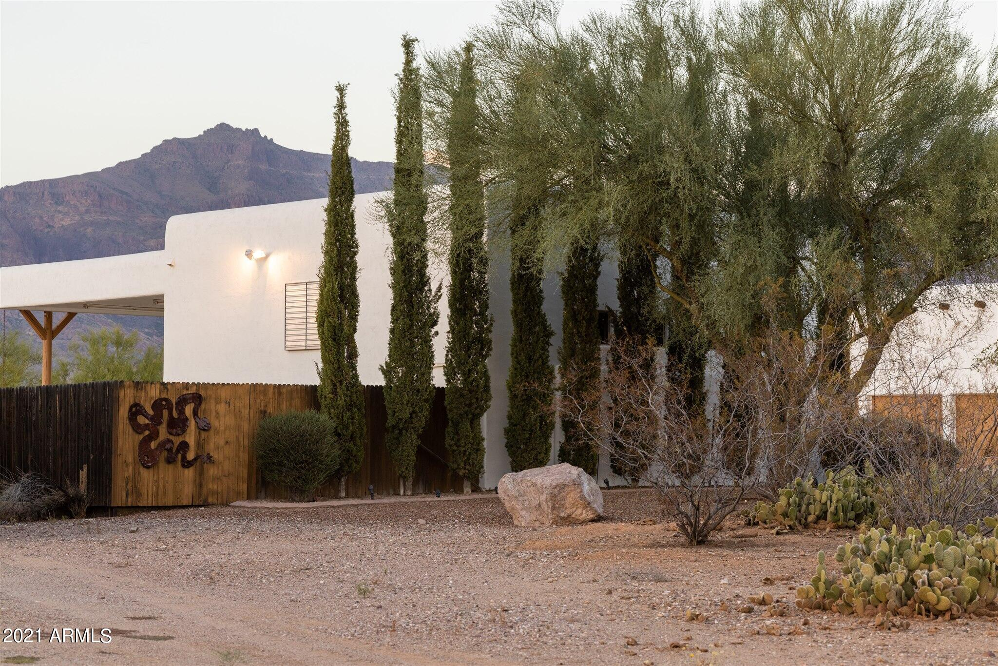 MLS 6292120 10238 E Hummingbird Lane, Gold Canyon, AZ Gold Canyon Horse Property for Sale
