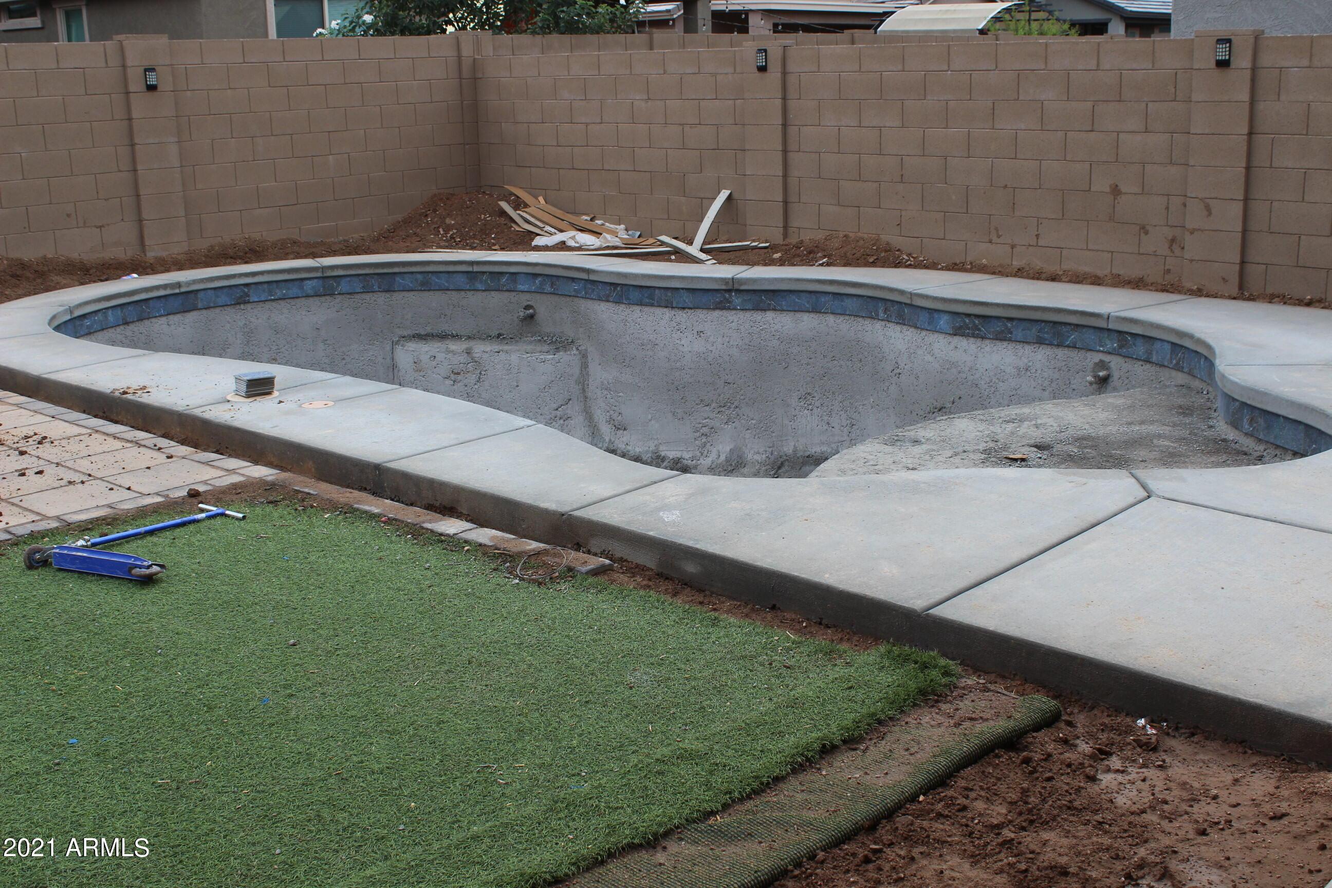 MLS 6292718 297 W TAMARACK Drive, San Tan Valley, AZ 85140 San Tan Valley AZ 5 or More Bedroom