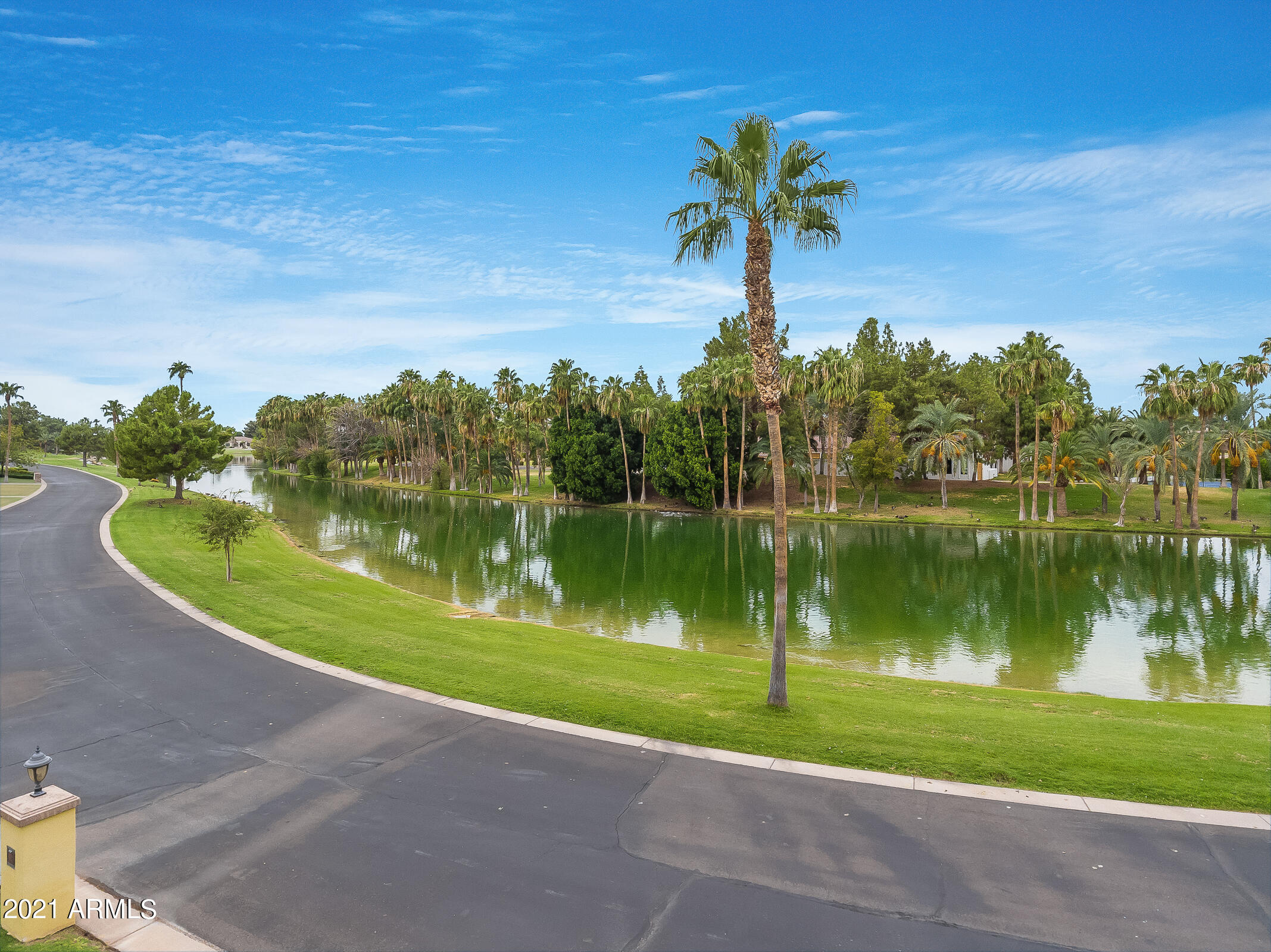 MLS 6302536 15 E OAKWOOD HILLS Drive, Chandler, AZ 85248 Gated Homes