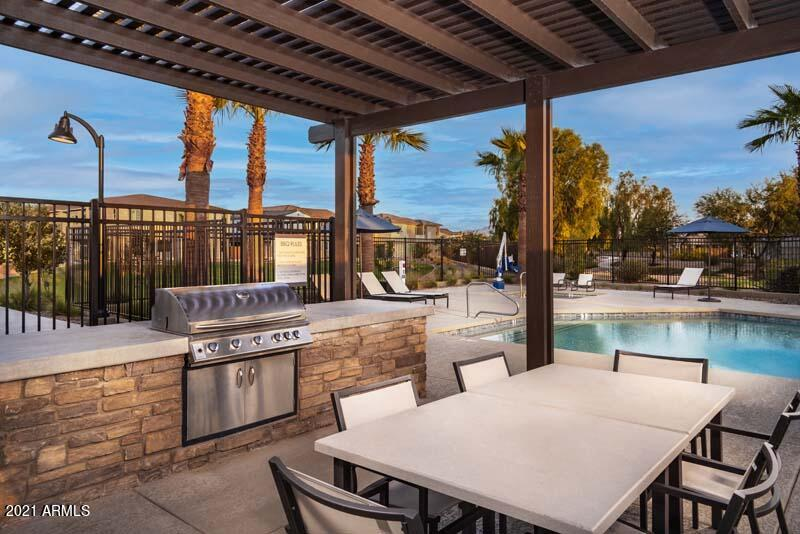MLS 6308054 680 E GINKO Avenue Unit 103, Gilbert, AZ 85297 Gated Homes