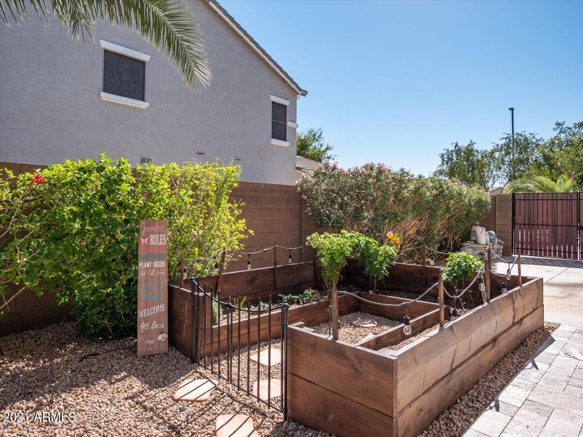 MLS 6300405 2798 E CRESCENT Way, Gilbert, AZ 85298 4 Bedroom Homes