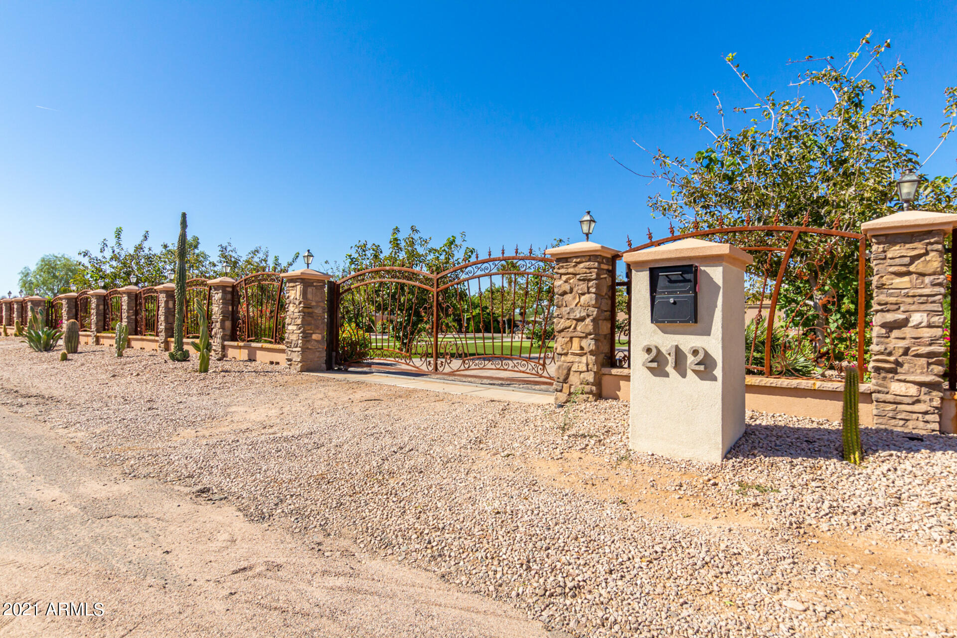 MLS 6311297 212 S MALCOLM Drive, Apache Junction, AZ 85120 Apache Junction AZ Manufactured Mobile Home