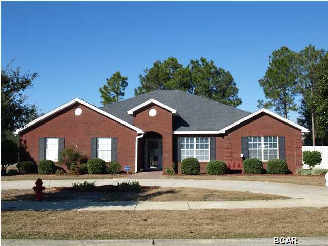 MLS Property 626863 for sale in Lynn Haven