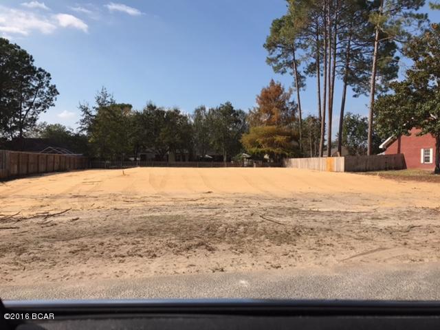 MLS Property 653136 for sale in Lynn Haven