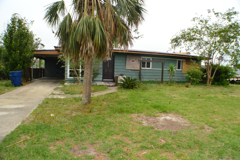 A 4 Bedroom 2 Bedroom Forest Park Home