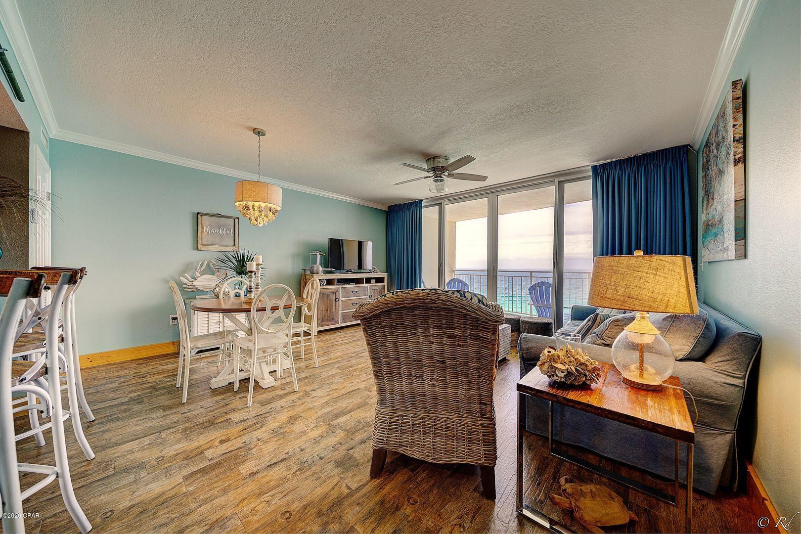A 1 Bedroom 1 Bedroom Emerald Beach Resort Condominium