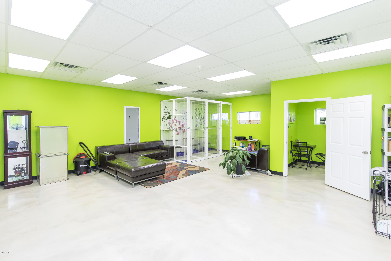 MLS Property 700149