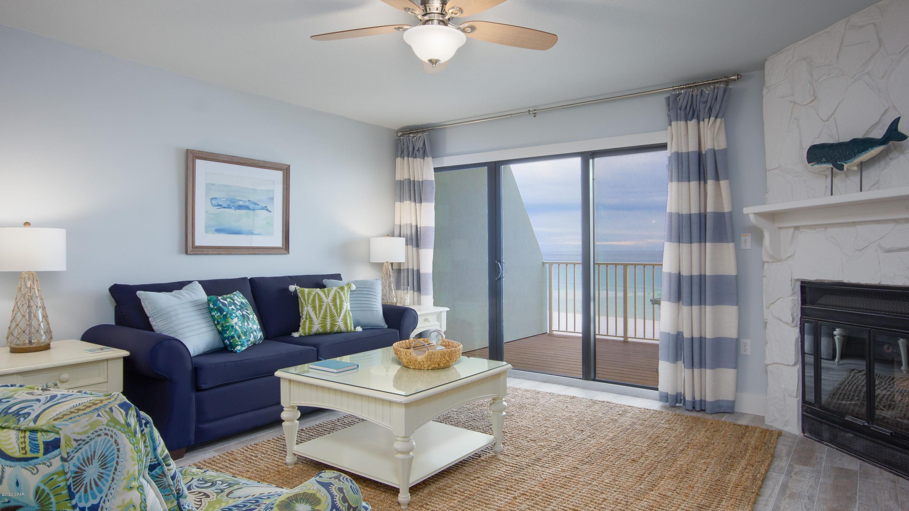 A 4 Bedroom 4 Bedroom Crystal Beach Townhome