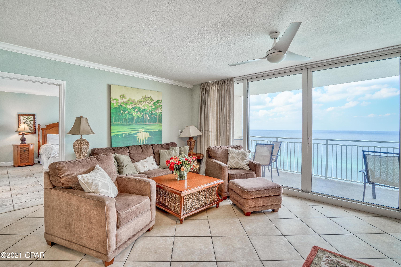 A 3 Bedroom 3 Bedroom Emerald Beach Resort Condominium