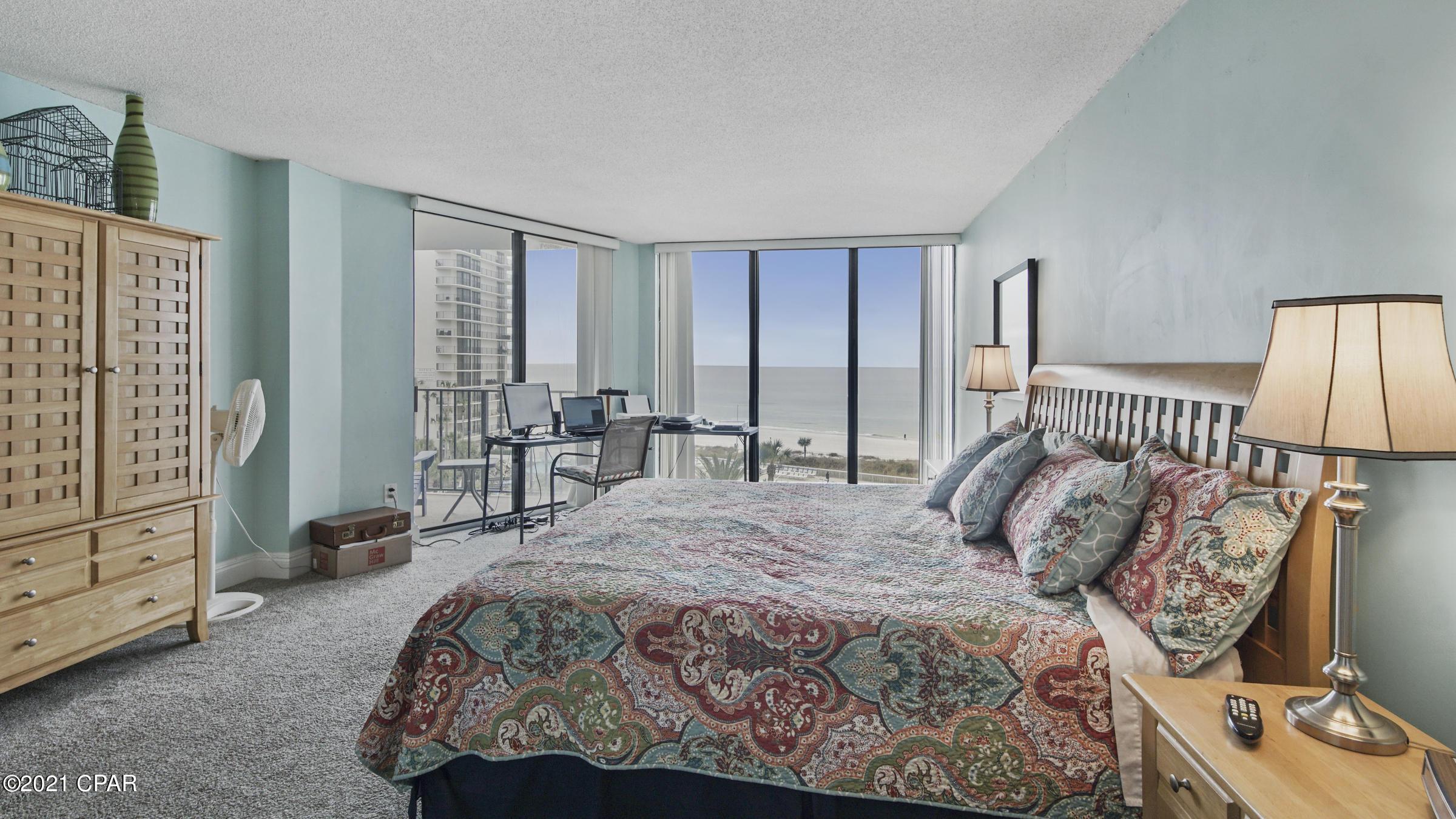 A 2 Bedroom 2 Bedroom Edgewater Tower I Condominium