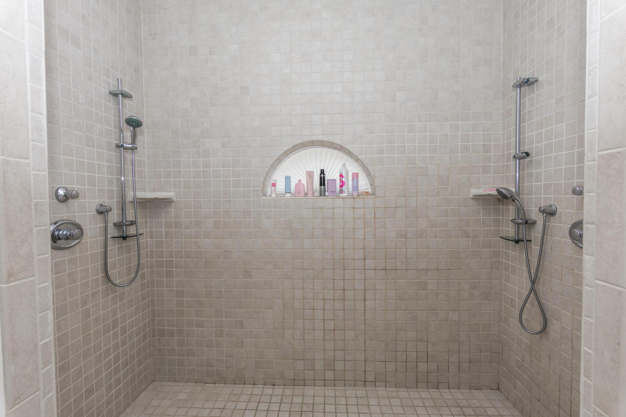MLS Property 711038