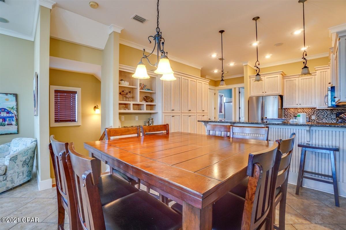 MLS Property 715101