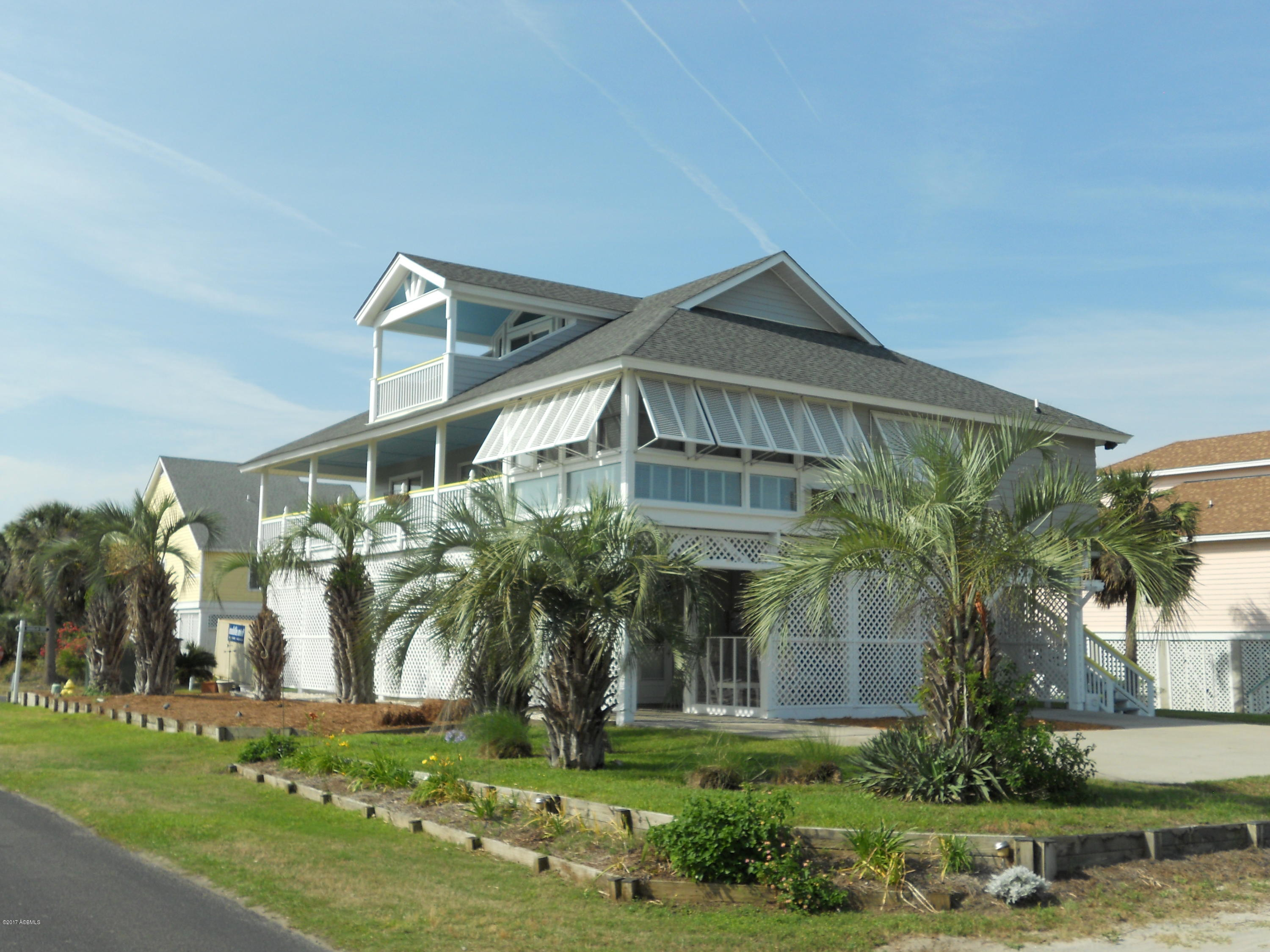 2 Sand Dollar Court, Harbor Island, South Carolina