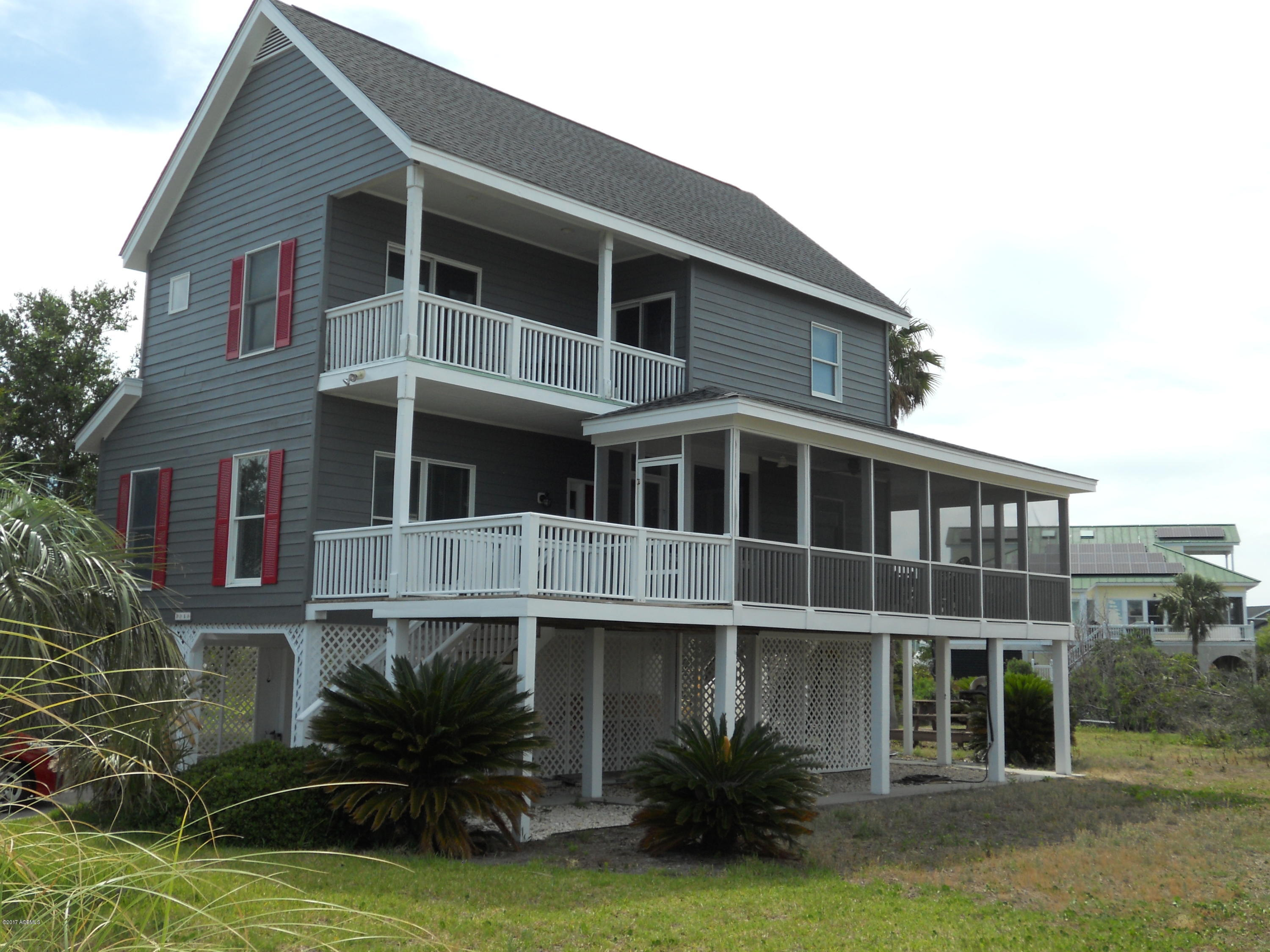 Photo of 4 Windjammer Court, Harbor Island, SC 29920