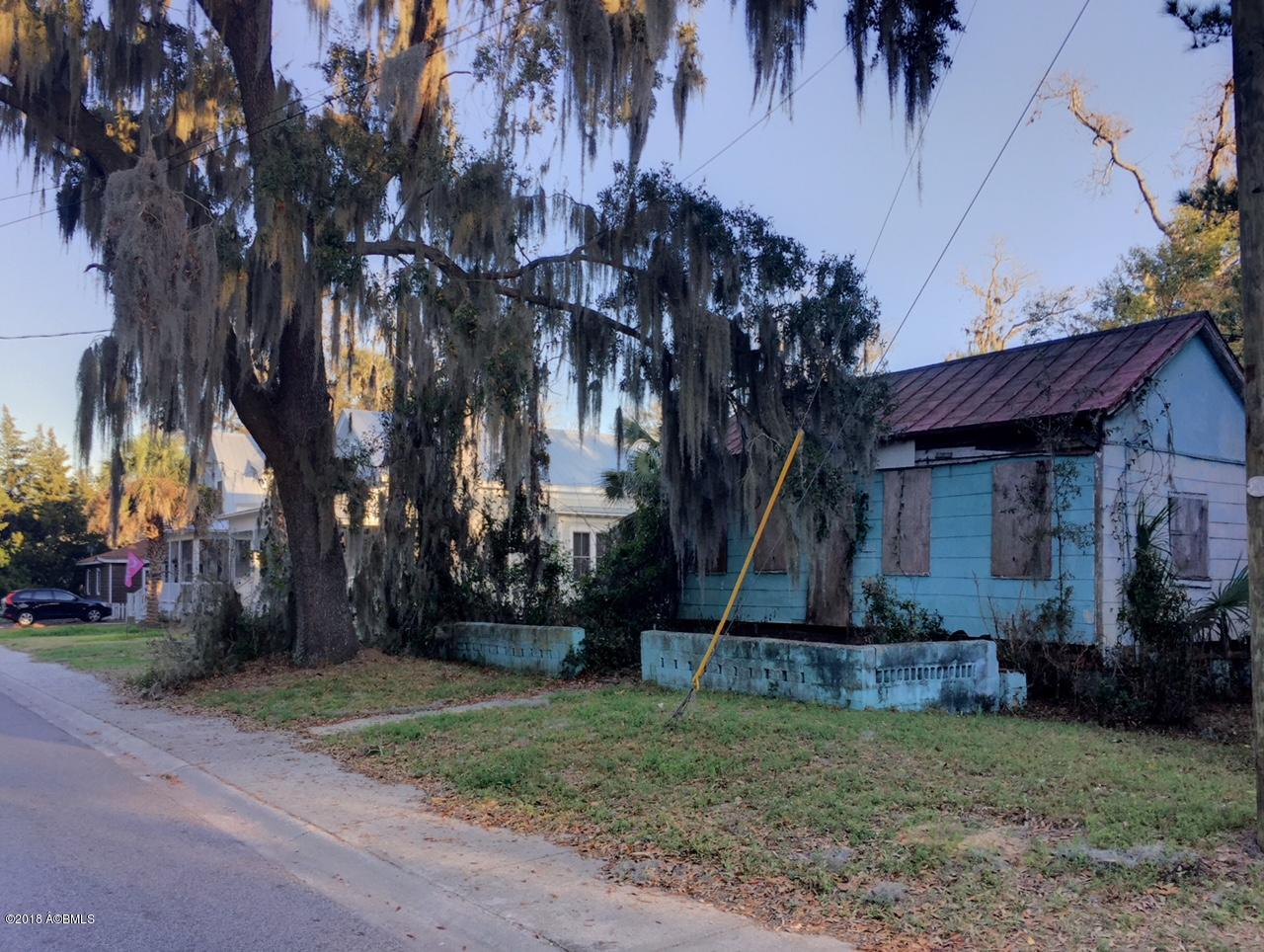 Photo of 1310 Washington Street, Beaufort, SC 29902