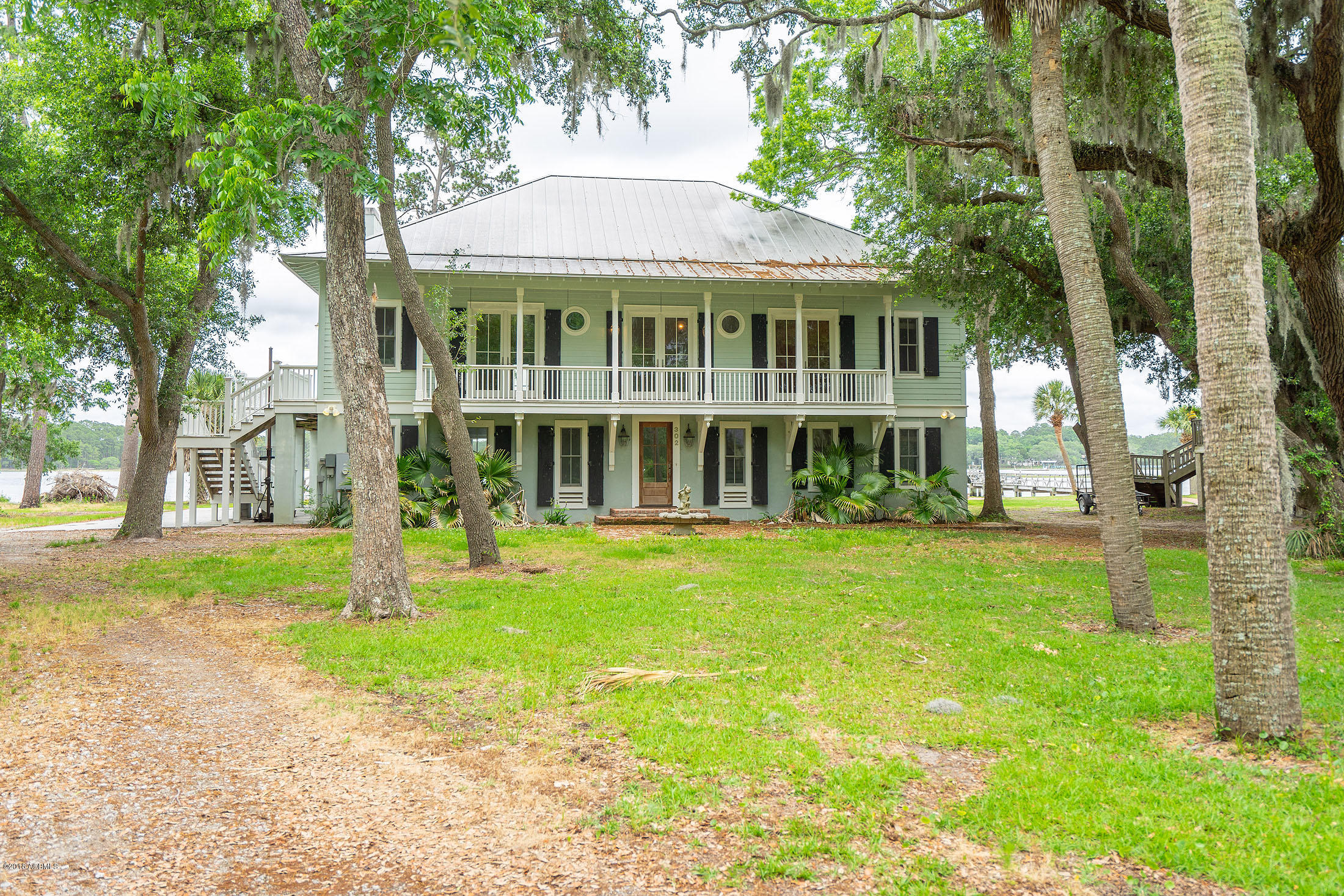 Photo of 302 Perryclear Drive, Beaufort, SC 29906