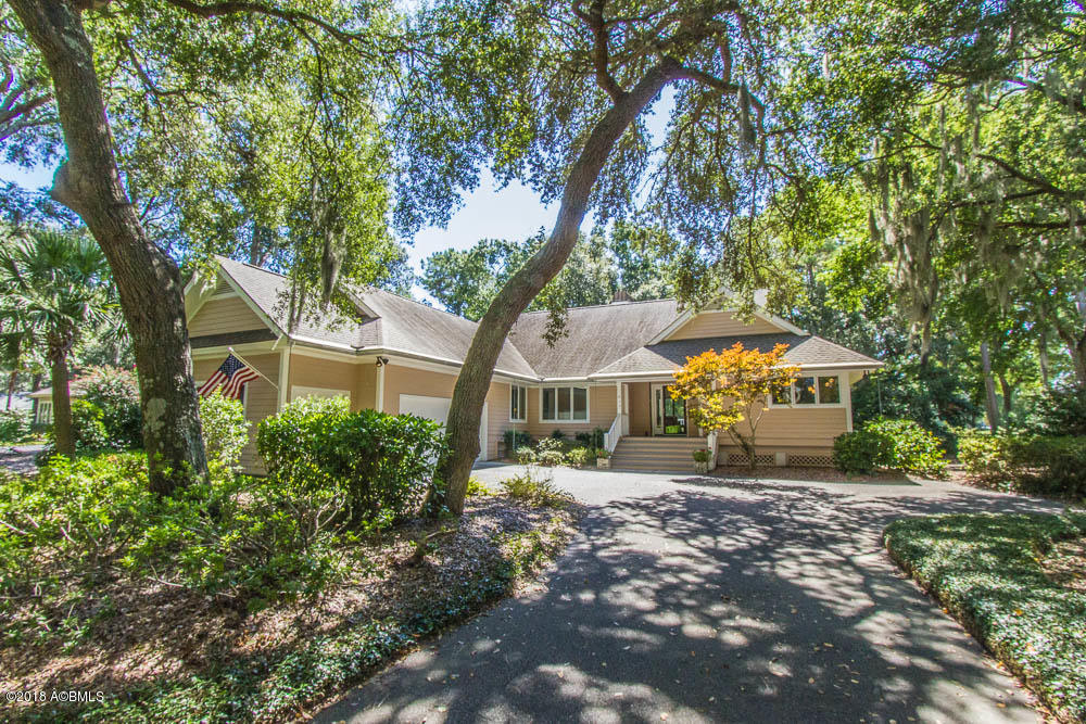 Photo of 413 Island Circle, Dataw Island, SC 29920